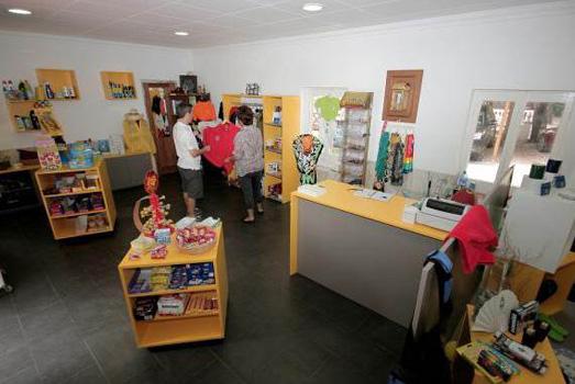 Boutique Cala Montjoi Ciudad de Vacaciones